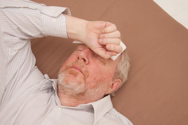高齢者がなぜ熱中症にかかりやすいのか